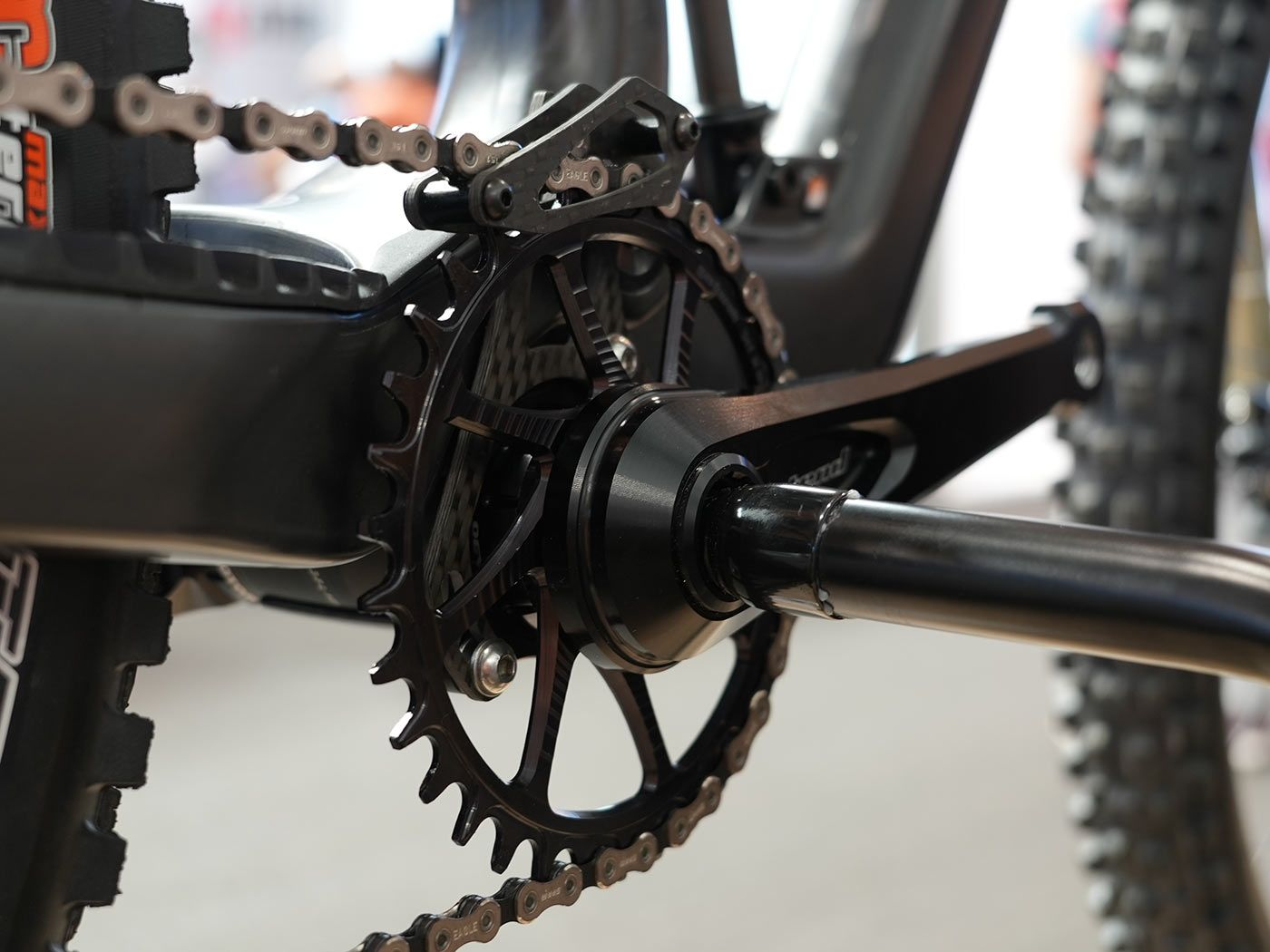 Intend adds a freewheel to their cranks, letting you shift without pedaling thumbnail
