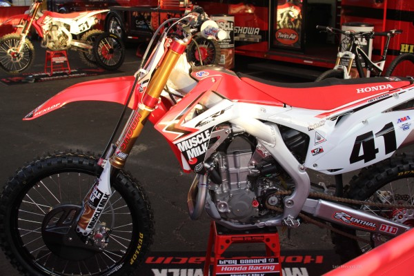Trey Canard Race Bike and MTB BIke (1)