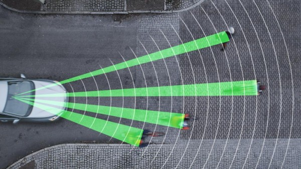 Volvo-Cyclist-Detection-System-01_0-600x337