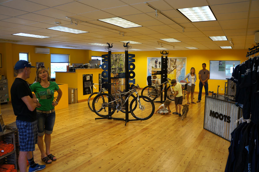 Moots titanium bicycles factory tour - showroom and offices