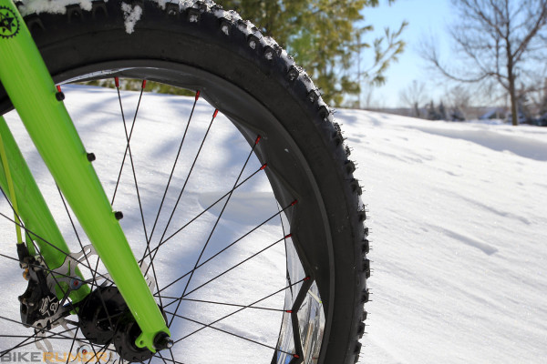 Exclusive: Kuroshiro Reinvents the Tubeless Wheel with their Incredible ensō685 Carbon Fat Bike Rim