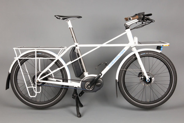 Rob English Cycles custom e-bike with Bosch motor and Gates Belt Drive transmission