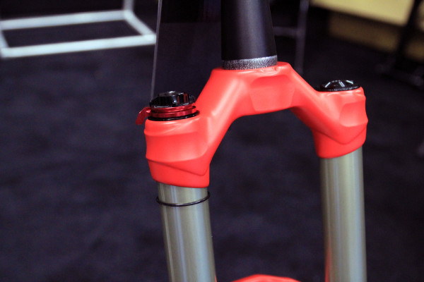 Manitou Mattoc enduro suspension fork (5)