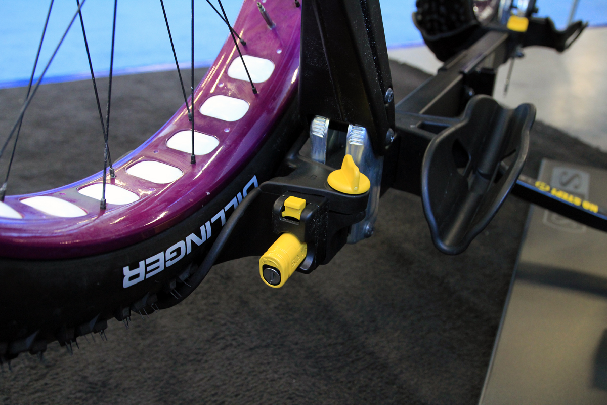 Saris Offers 5 Fat Bike Compatible Tray Rack With New Freedom