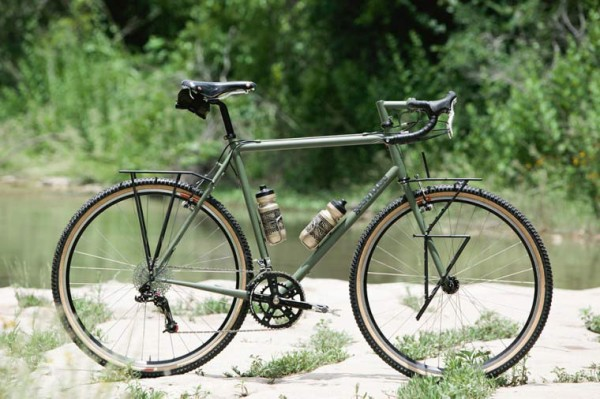 Geekhouse Woodville touring bike with custom racks