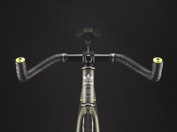 BombTrack Adidas Fixie