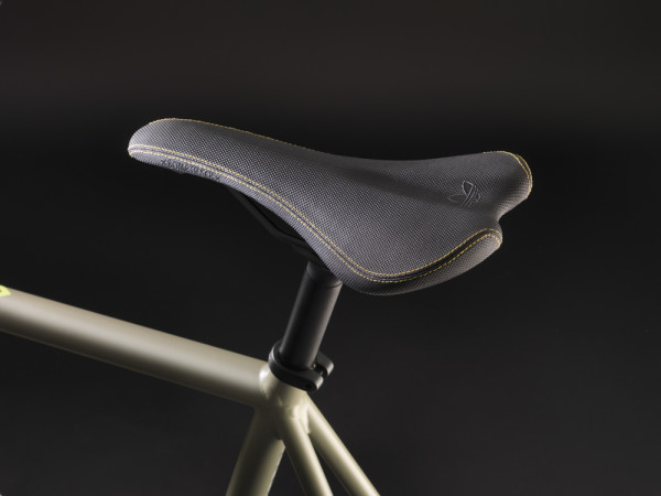 Bombtrack Adidas Fixie Saddle