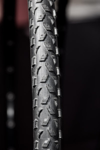 Maxxis tubeless ready Mud Wrestler cyclocross tire