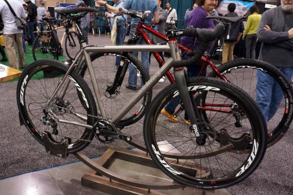 NAHBS2014-Engin-custom-titanium-cyclocross-bike01