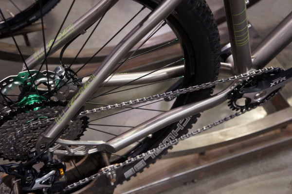 NAHBS2014-Engin-custom-titanium-mountain-bike02