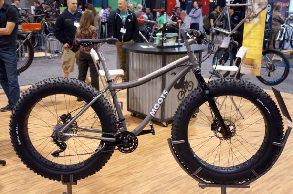 NAHBS2014-Moots-FrostHammer-5-inch-tire-fat-bike02