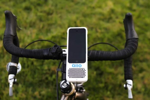 allo-bicycle-iphone-mount-with-integrated-speaker1
