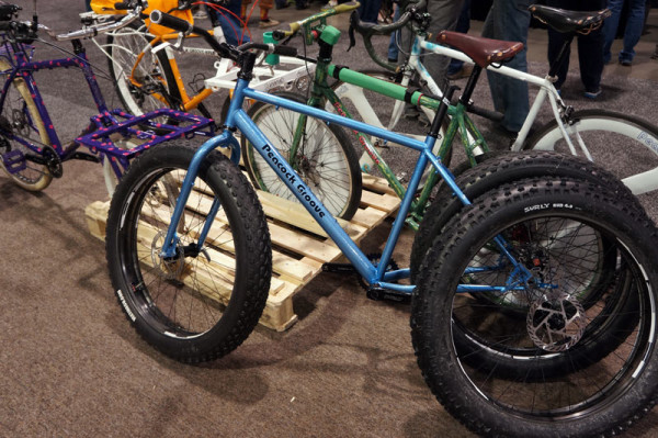 nahbs2014-peacock-groove-fat-bike01
