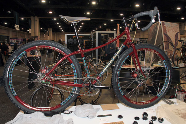 nahbs2014-peacock-groove-highlander-gravel-adventure-bike02