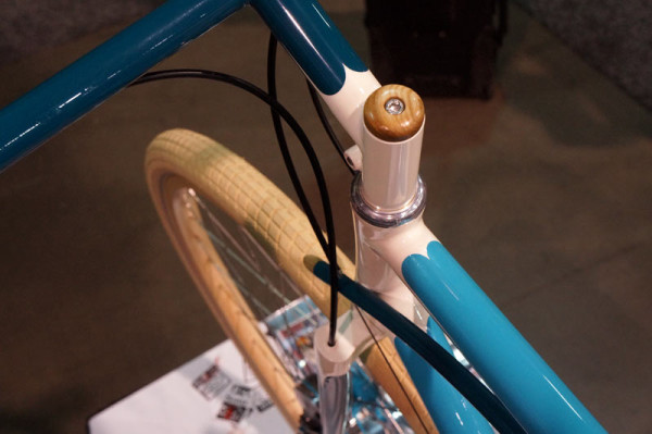 Sarif Cycle Works custom commuter bicycle with handmade wood accents at NAHBS 2014