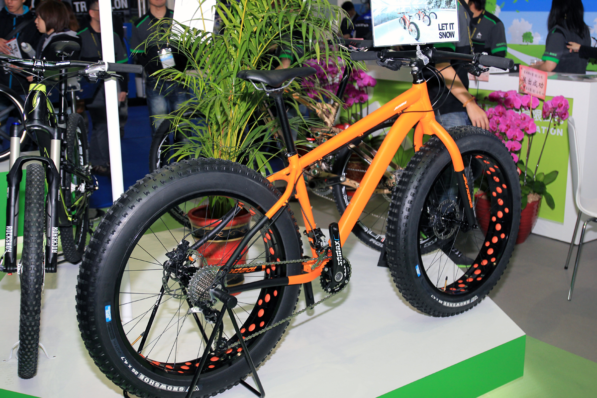 2015 – KHS – 4 Season Fat Bike Line Up | FAT-BIKE.COM |Fat Bike