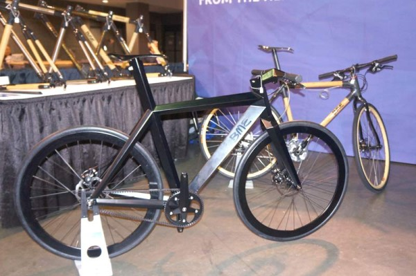 NAHBS2014-BME-Designs-stealth-fighter-city-bicycle01