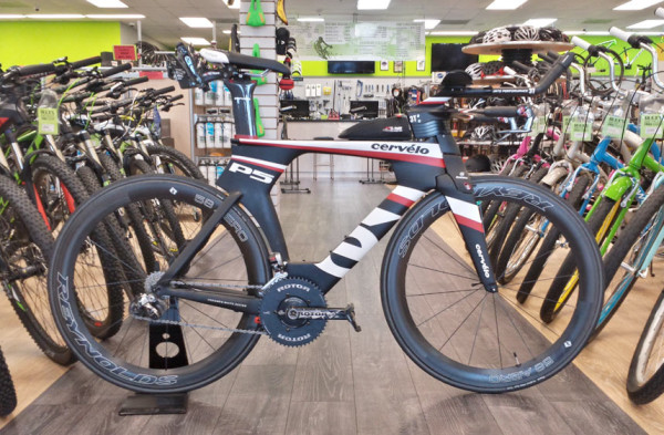 Alexs Bicycle Pro Shop Di2 hack with remote buttons on a Cervelo P5 triathlon bike with Magura RT8 hydraulic brakes