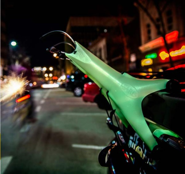 saris solo glow in the dark trunk mount bike rack