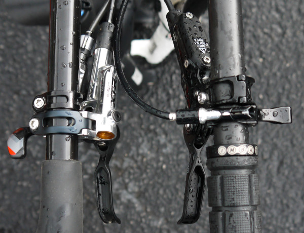 "Side by side look with Shimano's ""standard setting"" XTR Trail brakes"