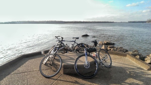 bikerumor pic of the day Confluence of the Mississippi and Missouri River