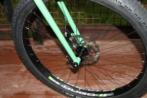 Stans no tube holy grail hugo 29 plus fat rim tubeless niner ROS plus (9)