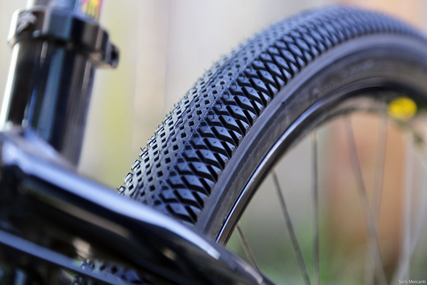 Review New Vee Rubber Xcv And Speedster Dirt Jump Tires