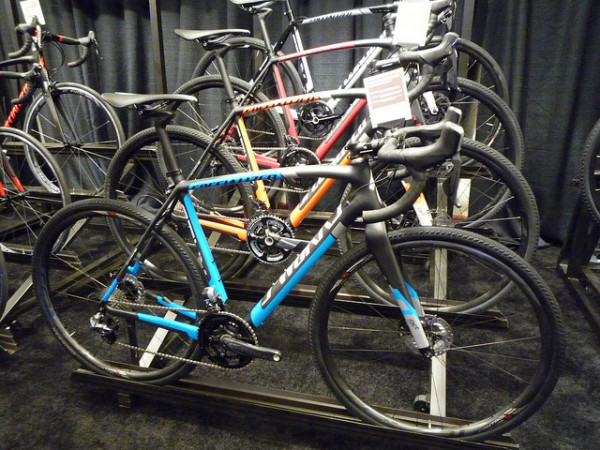 2015-specialized-crux-disc-cyclocross-bikes