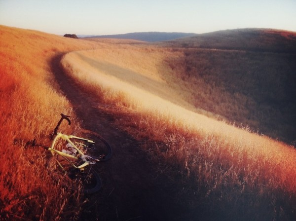 bikerumor pic of the day chasing the sun in your backyard