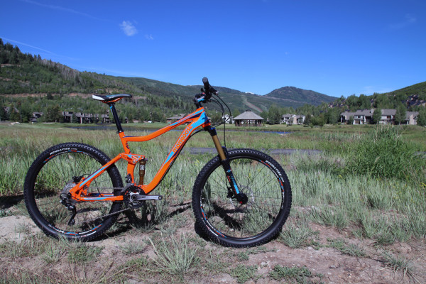 Mongoose Rallies for 2015, To Start Selling High End Bikes Consumer Direct in US