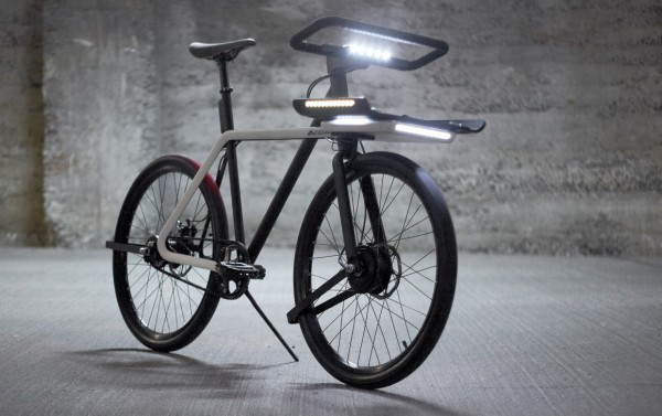 SEA-DENNY-the-Denny-bike-also-has-a-fully-integrated-smart-lighting-system-that-adapts-the-intensity-based-on-the-natural-light-conditions-1160x730
