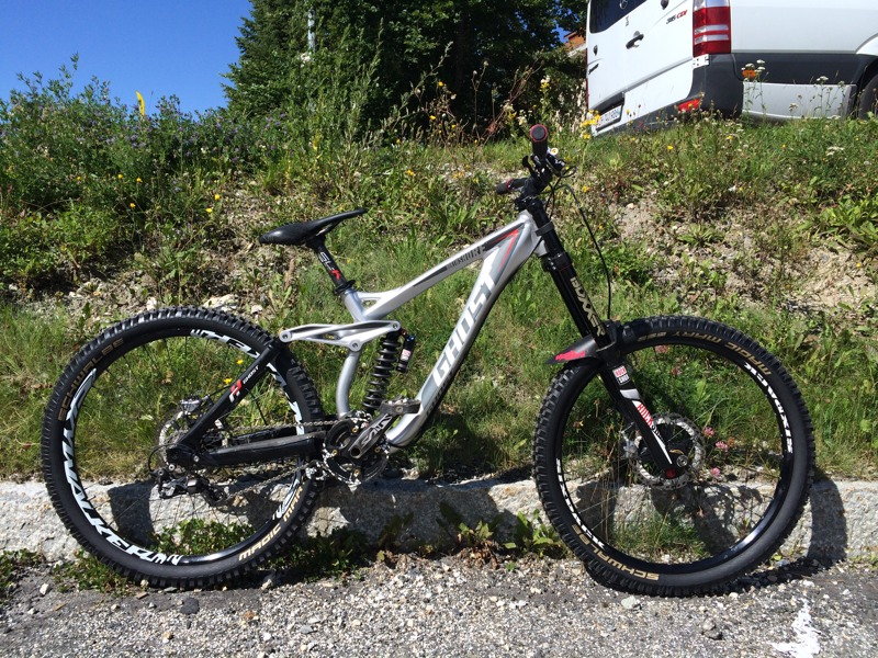 prototype ghost north shore 650b downhill mountain bike