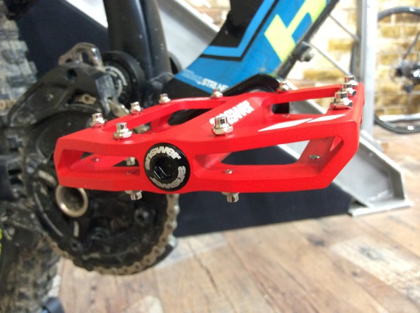 answer rove r2 flat pedal gets lighter