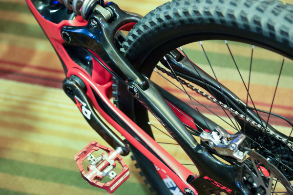 Aaron Gwin 650b Carbon Specialized Demo_006