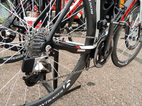 SRAM_New_Red_Wireless_Electronic_Full_Drivetrain