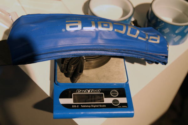 Schwalbe procore tubeless system jumbo jim jens voigt actual weight fat bike fatbike (13)