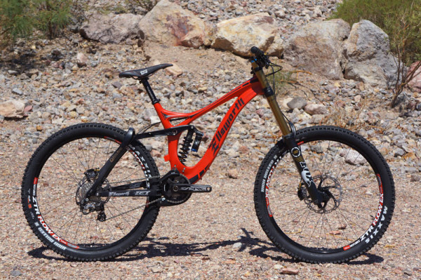 2015 Ellsworth Dare Carbon downhill mountain bike can switch travel to become freeride bike