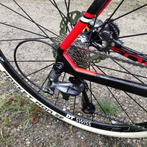 Focus_Mares_Disc_carbon_cyclocross_bike_test_ride_skinwill_Rocket-Ron_RAT_thru-axle_dropout