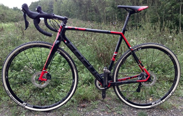 Focus_Mares_Disc_carbon_cyclocross_bike_test_ride_skinwill_Rocket-Ron_complete_non-driveside