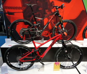 Ghost_Riot_LT_10_LC_Riot_9_LC_650b_130mm_carbon_enduro_MTB_complete
