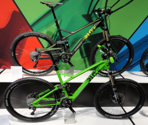 Ghost_Riot_LT_8_LC_Riot_7_LC_650b_130mm_carbon_enduro_MTB_complete