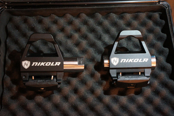 Nikola Zivo road bike pedal with position based dynamic Q-factor