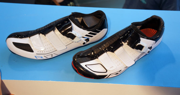 Shimano-SH-R321-and-R171-road-bike-shoes