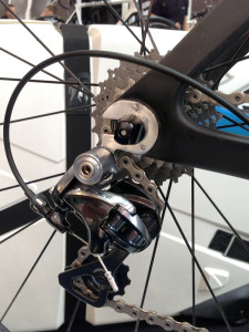 Storck_Aerfast_carbon_aero_road_bike_track_ends_horizontal_dropouts