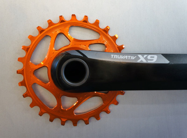 absolute-black-orange-narrow-wide-single-chainring01