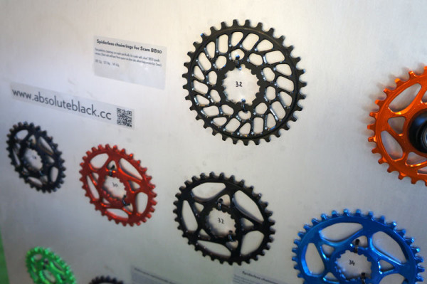 absolute-black-spiderless-sram-bb30-chainrings