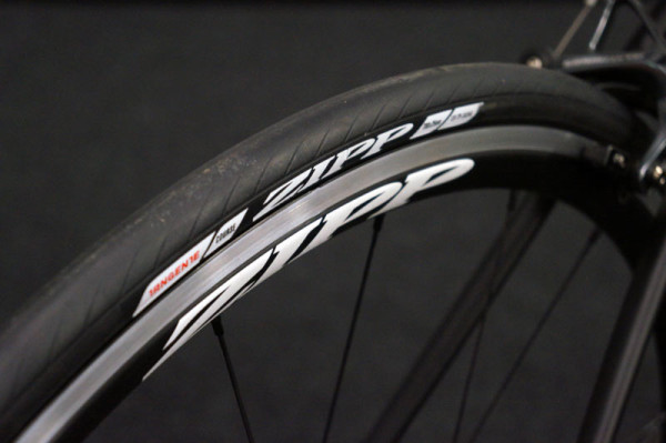 2015 Zipp Tangente course and speed clincher road bike tires improve aerodynamics and decrease rolling resistance