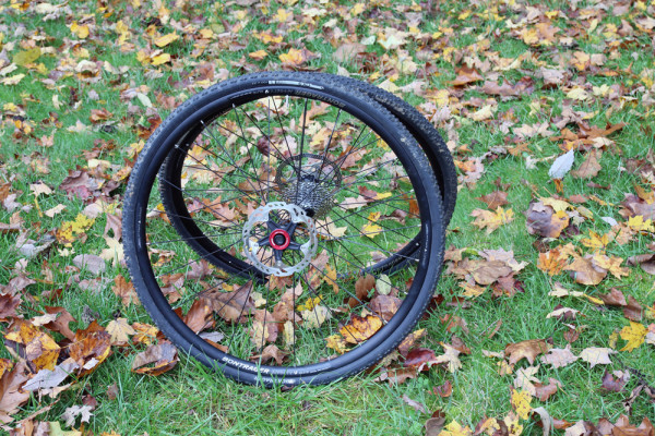 Bontrager Affinity TLR cx 0 3 tires tubeless cyclocross cross  (4)