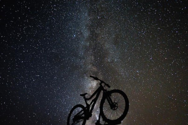 bikerumor pic of the day cycling under the Stars in Victor, Idaho