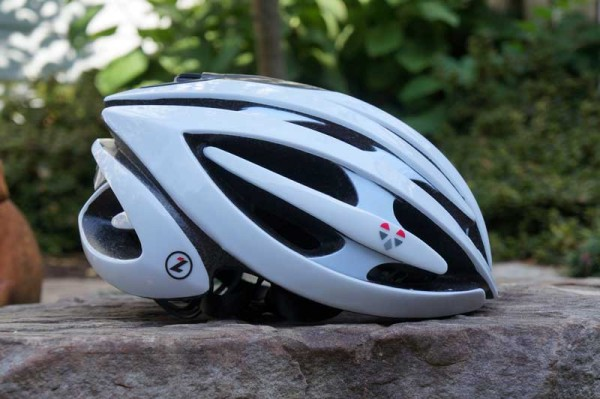 LifeBEAM Smart Bicycle Helmet with integrated optical heart rate monitor and ant+ bluetooth 4 wireless data transmission